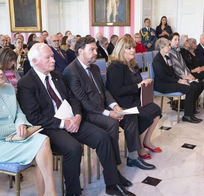 Une photo des invités présents à la cérémonie de l'Ordre du Canada