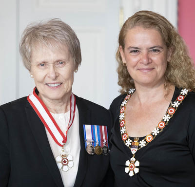 Roberta Lynn Bondar and the Governor General pose for a photo