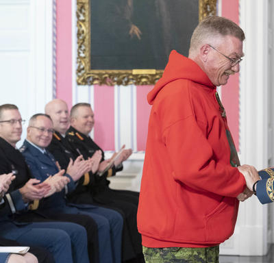 The Governor General shakes hands with Ranger Ronald Glenn Scott, M.M.M.