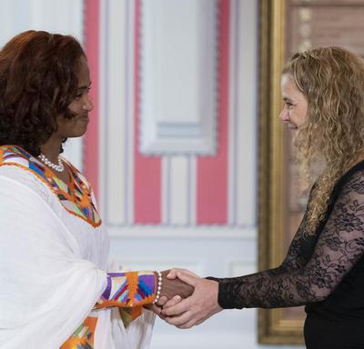 Son Excellence madame Nasise Challi Jira, Ambassadrice de la République fédérale démocratique d'Éthiopie, a présenté ces lettres de créance.