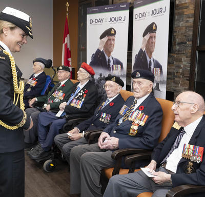 The Governor General meets veterans.
