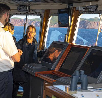 The Governor General met with the crew on the ferry crossing from Prince Edward Island to the Îles-de-la-Madeleine.