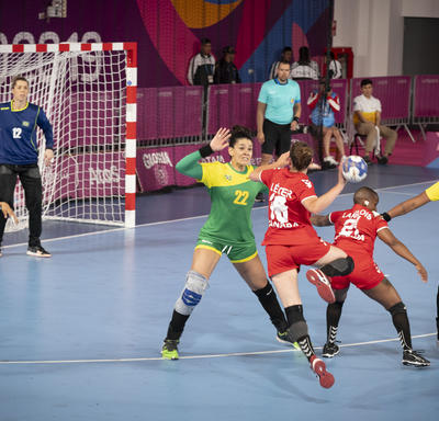 The Canadian women's handball team played against Brazil.