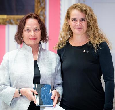 Linda Gaboriau stood beside the Governor General.