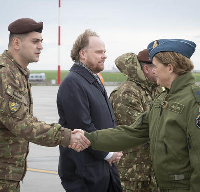 Governor General Payette visits CAF members serving on Op REASSURANCE in Romania
