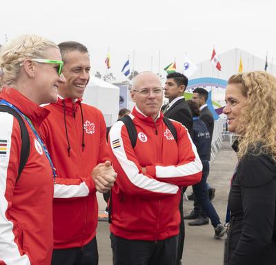 La gouverneure générale a rencontré Annamay Pierse, athlète mentor et ancienne athlète.
