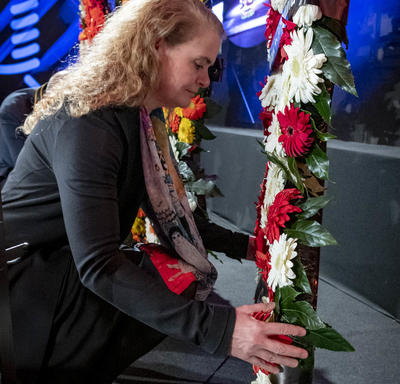 The Governor General laid a wreath to commemorate the Holocaust victims during the Fifth World Holocaust Forum.