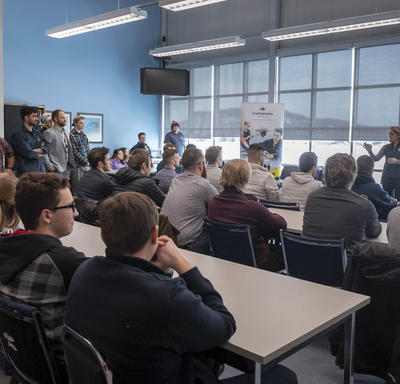 The Governor General answers questions from students at the Aviation Centre of Excellence.