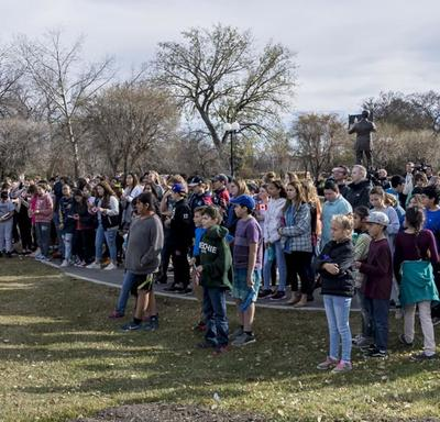 The Governor General then invited members of the public to join her for a walk around Wascana Lake.