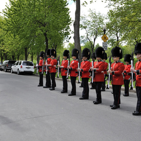 Visit to the Canadian Grenadier Guards in Montréal