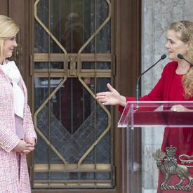 La gouverneure générale a prononcé une allocution devant Rideau Hall.