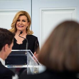 La présidente a prononcé une allocution à l'occasion du dîner d'État.