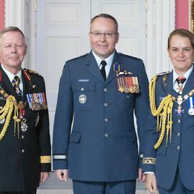 Le brigadier-général Iain Stewart Huddleston, O.M.M., C.D.