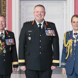 Le brigadier-général Conrad Joseph John Mialkowski, O.M.M., C.S.M., C.D.