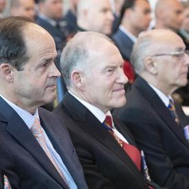 D'anciens chefs d'état-major de la Défense assistent à la cérémonie