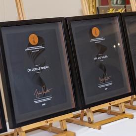 Certificats des Prix d'innovation du Gouverneur général.