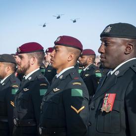 Membres des Forces armées canadiennes.