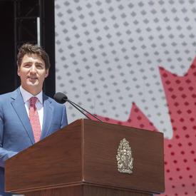 Le premier ministre a prononcé une allocution au spectacle du midi de la fête du Canada sur la Colline du Parlement.