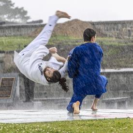 Judo Québec did a demonstration under the rain.