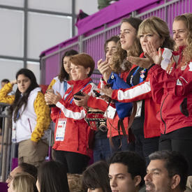 La gouverneure générale a encouragé les athlètes canadiens.