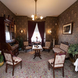 Le salon de la Maison Alphonse-Desjardins.