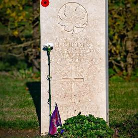 La tombe d'un soldat canadien.
