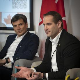 Derek Manky, Chef, Concepts de sécurité et alliances mondiales contre les menaces, Fortinet a participé à la table ronde.
