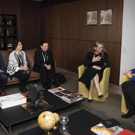 La gouverneure générale rencontre la présidente de la Géorgie, Salomé Zourabichvili.