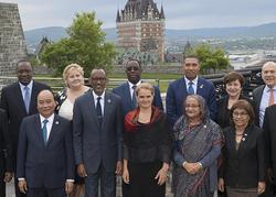 Participants de la séance élargie du G7